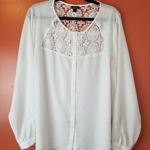 Torrid white lace blouse top plus size 2
